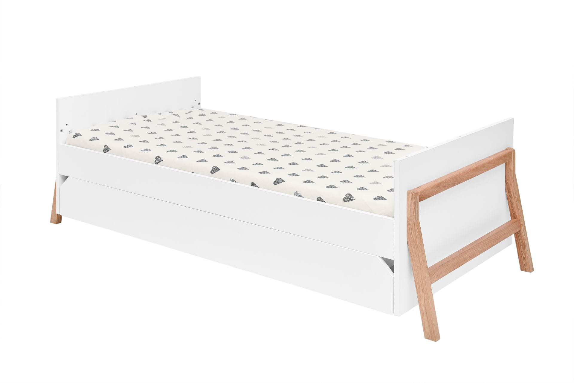 Lotta_junior_bed_70x140_02.jpg