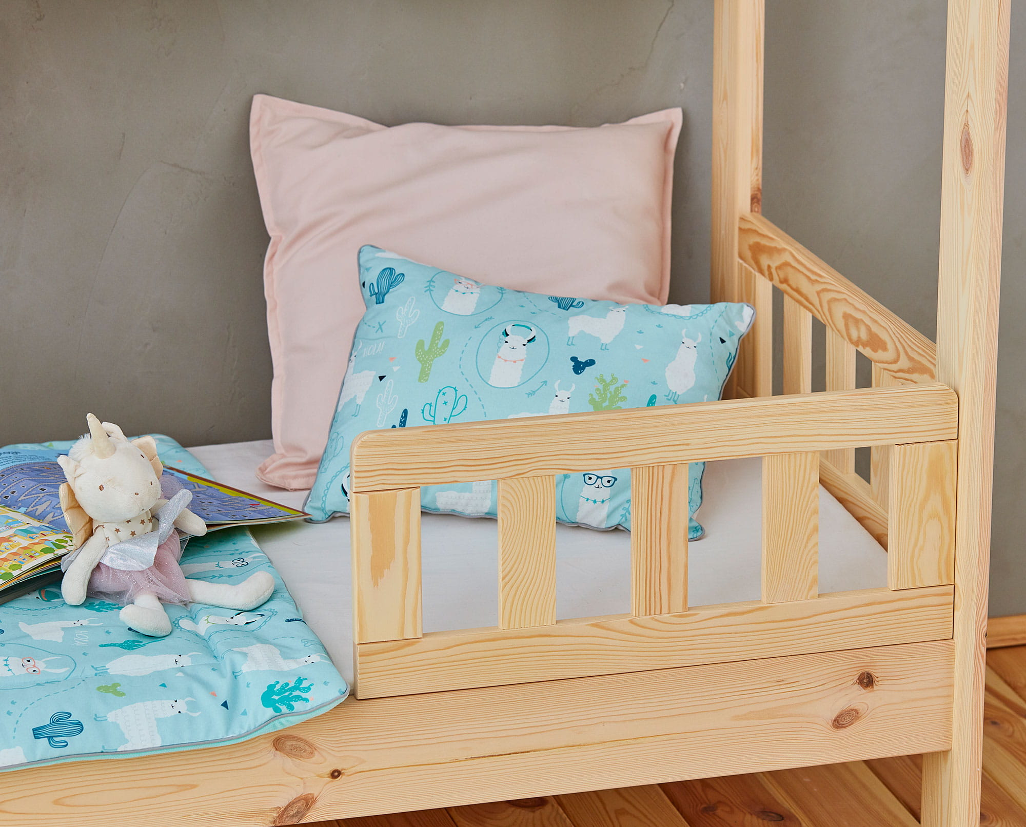 House_bed_160x70_rail_CLASSIC_2.jpg