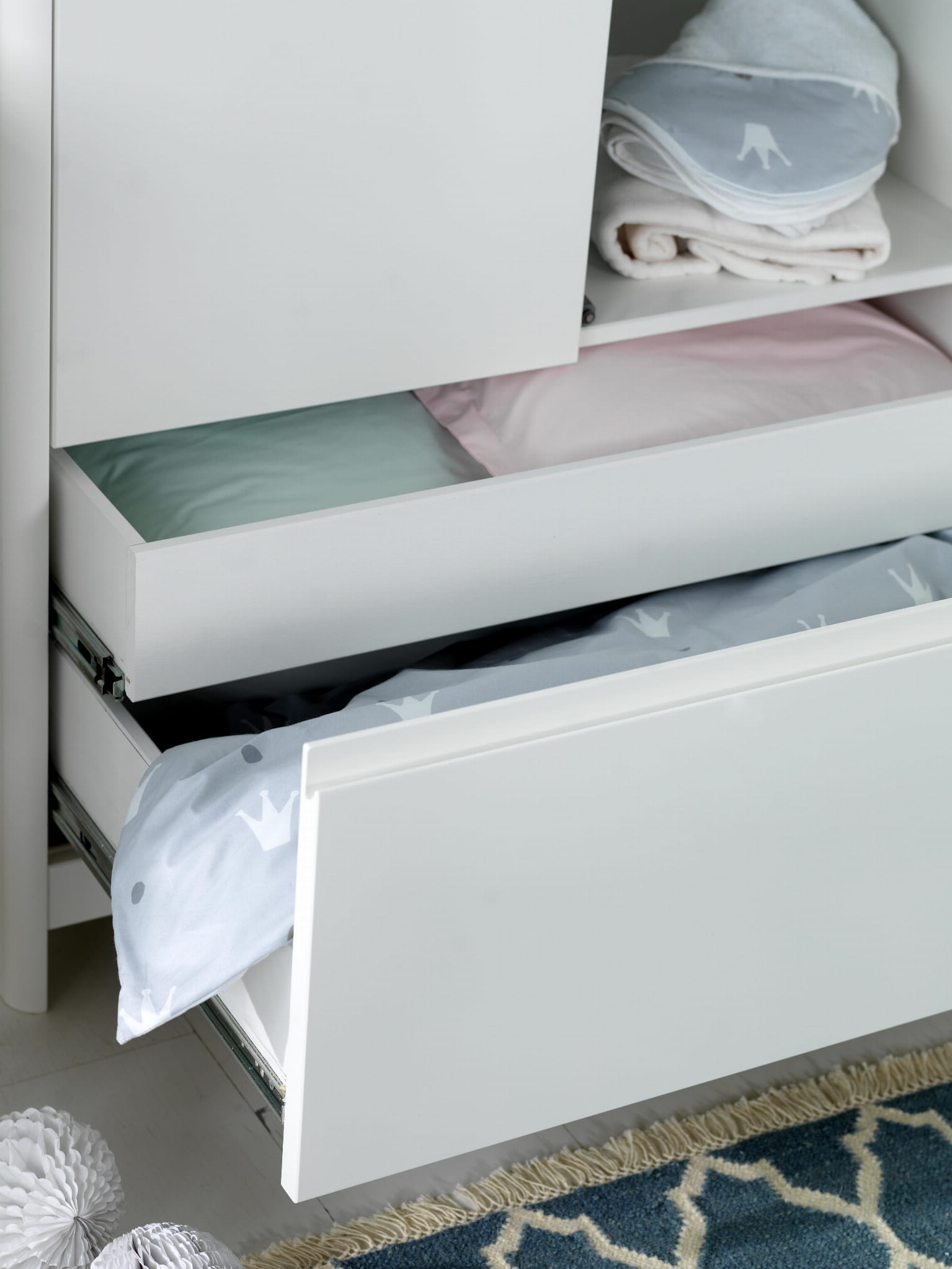 Troll Lukas wardrobe drawers. Handle to be changedtif.jpg